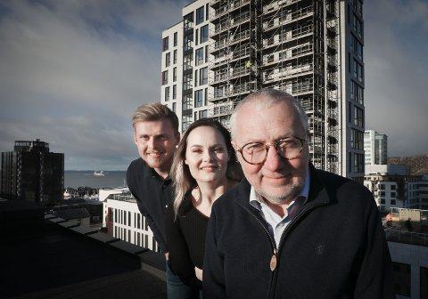 Dette er redaksjonen i Bodø By. Fra venstre: Truls Naas, Victoria Finstad og Børre Arntzen