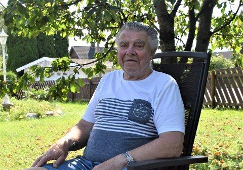 ENSOM STORSJARMØR: – Det siste året har vært veldig trist. Jeg er ikke noe glad i å være alene, sier Leif Øyvind Nilsen (83).
