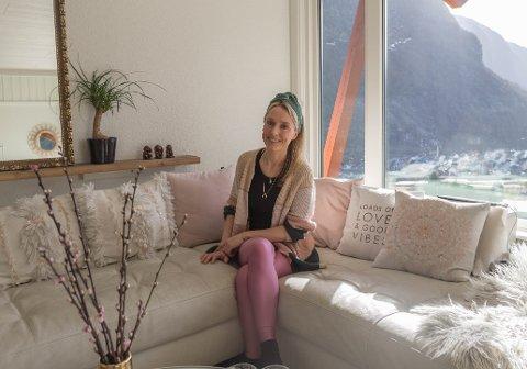 FLYTTA HEIM: Etter å ha studert i Bergen i nokre år flytta Silje-Kathrin Hagen tilbake til Høyanger i 2005 for å starte si eiga verksemd. Det gjekk ikkje heilt etter planen.