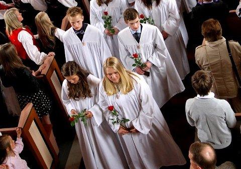 Mange fattige: Over 10.000 personer i Fredrikstad er fattige. Nå vil kirken hjelpe dem som ikke har råd til å betale for konfirmasjon.