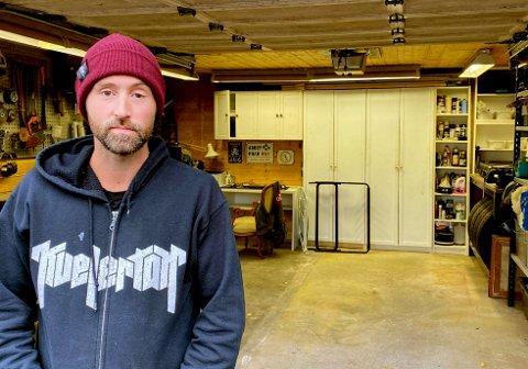 IKKE ENKELT: Christian Junge er produksjonsleder og turneleder for et av Norges beste band, Kvelertak. Det siste halvåret har det vært null spillejobber, og det ser ikke helt lyst ut for tida som kommer heller.