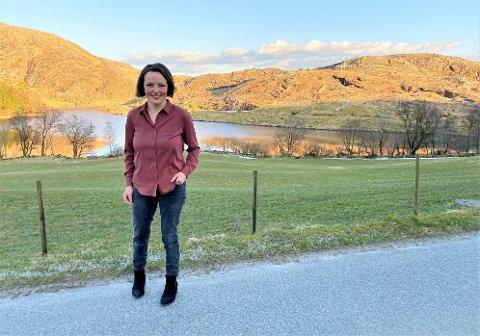 PSYKOLOG: I tillegg til å være psykolog, driver Serina Fuglestad Sikveland gård på Undheim.