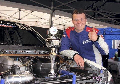Stortalent: Alf Marius Loe Sandberg fra Vormsund er en av fem kandidater til å vinne den prestisjetunge «Bilsporttalentet»-prisen.