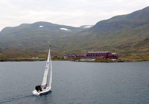 På Bygdin skal seilbåtentusiastene for første gang konkurrere i høyfjellet til høsten.