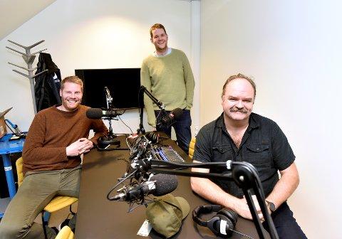 Reidar Kjæstad, Ole Martin Sjetne og Atle Antonsen i podkast-studio.