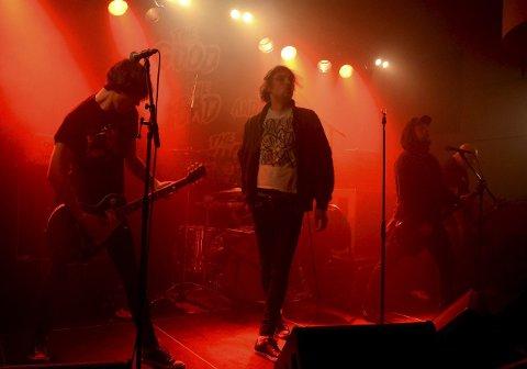 HADELANDSHELTER: The Good The Bad And The Zugly har byttet vokalist og fått med seg Silver-vokalist Ivar Nikolaisen på laget, men blir fremdeles behandlet som hjemvendte helter når de spiller på Hadeland.