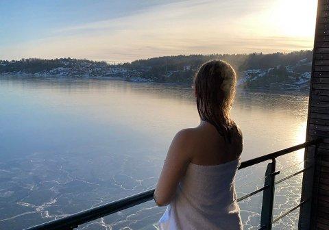 LEVER AV NAKENBILDER: «Oda» fra Larvik lever av å selge bilder og videoer på den stadig mer populære nettsiden OnlyFans.