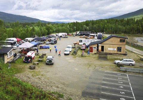 MOTORSTADION: Slik så det ut i 2019 da NMK arrangert sitt hittil siste bilcrossløp på motorstadion i Svenningdal. Foto: Susann Tangen