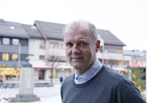FIKK FYKEN: Einar Hauge er skuffet etter at han må tre ut av stillingen som kommunediektør i Nordkapp.