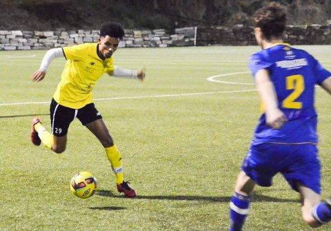 Ahmed Yassin Hamid scoret Kragerøs tredje mål mot Gulset. Her fra lokaloppgjøret mot Kroken.