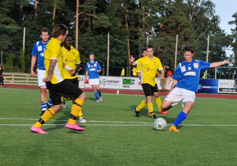 Kristoffer Blikra scoret Sannidals første mål. Her i kamp mot Kragerø høsten 2015.