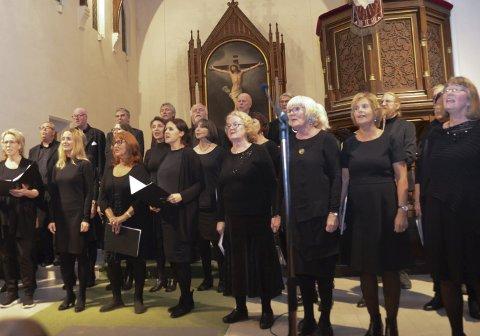 25 år: Kragerø Kantori leverte en humørfylt jubileumskonsert i Kragerø kirke, som vanlig med meget god kvalitet.