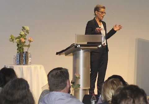 SEMINAR: Britt-Inger Kolset lanserte konkurransen om digitalisering i Kongsberg-regionen i Musikkteateret torsdag.