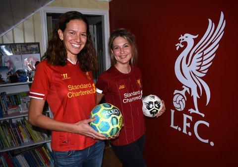 Mariana Castro (t.v.) og Tone Killie Bjerkan er like engasjerte i fotballklubben Liverpool som det mange menn er. - Veien fra å være litt interessert til ikke å få sove om natta, var kort, forteller de.