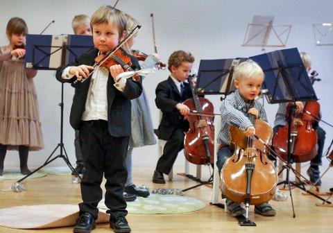 UNGE OG LOVENDE: Her fra en tidligere nyttårskonsert med Junior Strings i Kammersalen.