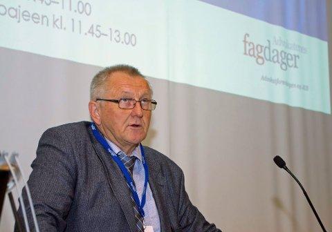 RETURNERER TIL HØYESTERETT: Skoghøy forlot sitt embete som høyesterettsdommer i 2017 for professorjobben i Tromsø.
