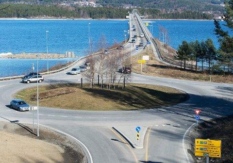 KLARSIGNAL: Innen 2025 skal nye E6 mellom Moelv og Øyer være ferdig, inkludert ny Mjøsbru. (Arkivbilde)