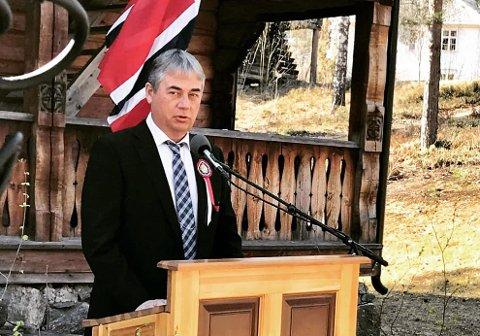 TALE FOR DAGEN: Kommuneoverlege Stefan Løvsletten har allerede holdt årets tale for dagen 17. mai i Nordre Land. Du kan se sendinga på selve dagen.