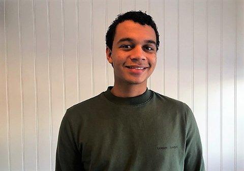 DRØMMEN OPPFYLT, MEN: Marcus Juliussen Boateng (20) fra Elverum kan endelig begynne å studere medisin. Men ikke akkurat slik han hadde tenkt.