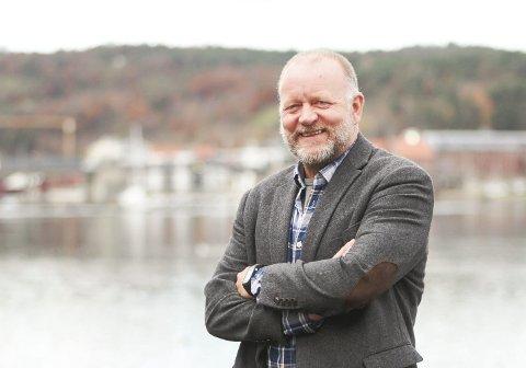 Kommunalsjef Tollef Stensrud jubler med Grønli og de andre skolene.