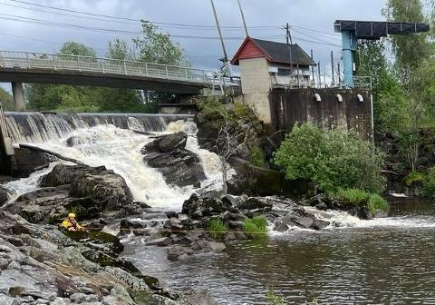 Rakkestad kommune sine flomluker er lokalisert ved Mjørudfossen. Arkivfoto