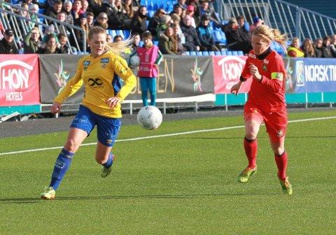 Lisa-Marie Karlseng Utland har scoret sju mål i Toppserien så langt. I dag møtes to ranværinger til duell i den øverste ligaen i landet. Foto: Stein Langørgen