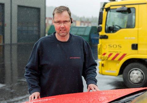 TRAVELT: Håvard Brager og de andre bilbergerne i Auto-assistanse har hatt travle dager siden romjula.