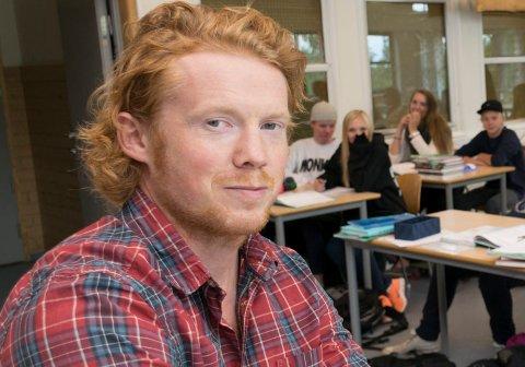 OPPTATT AV REALLØNNSVEKST: Carl Fredrik Østenrød er leder i Utdanningsforbundet Ringerike. Han er klar på at de ikke vil ta til takk med reallønnsnedgang.