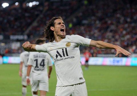 PSG's stjernespiss Edinson Cavani har vært lenge ute med skade, men i kveld er Cavani med i PSG's 19-mannstropp til bortekampen mot Nice. Foto: David Vincent (AP)