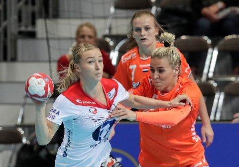 SKUFFET: Stine Bredal Oftedal var skuffet over hvordan Norge ikke evnet å svare da Nederland først tok ledelsen i gruppefinalen.Foto: Vidar Ruud (NTB scanpix)