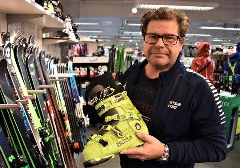 HELL I UHELL: Lars Petter Hansen valgte å droppe tur til de østerrikske alper i vinter for å ta seg av hjemlige gjøremål. Det kan ha spart ham for koronasmitte.