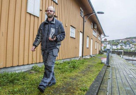 SKAL BETALE: Geir Uno Dreng er leder i Tjølling jeger- og fiskeforening. Han og styret er nå innstilt på å betale gigantregningen fra Tolldirektoratet etter eggjukset.