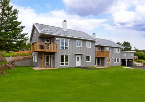 Ove Skår har satt opp disse leilighetene og bygger nå enda mer i Jelsnes.