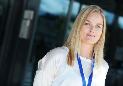 Å gjennomgå en abort etter uke 12-13 er en relativt smertefull prosess som bør unngås av hensyn til den gravide kvinnen, mener leder Hanne Charlotte Schjelderup-Eriksen i Jordmorforbundet.