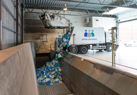 AVFALL: Venstre-politiker Gustav Søvde hadde flere spørsmål knyttet til hvor avfallet fra husholdninger og gjenvinningsstasjoner tar veien. Svar er nå kommet fra RiG.