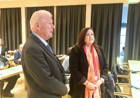 AVGJORT: Carl I Hagen vant med fire stemmers overvekt på motkandidaten Wenche Haug Almestrand