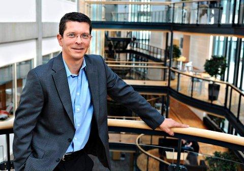 Konsernsjef Geir Håøys grunnlønn ble ikke justert 1. juli i fjor, grunnet covid-19. Toppsjefen i Kongsberg Gruppen fikk utbetalt til sammen rundt 10,6 millioner kroner av arbeidsgiveren i 2020.