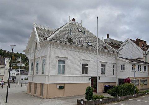 SOLGT: Strandgaten 36 er solgt for kr 3.500.000 fra Avisen Agder Eiendom AS til Aasly Marine AS (24.08.2021)