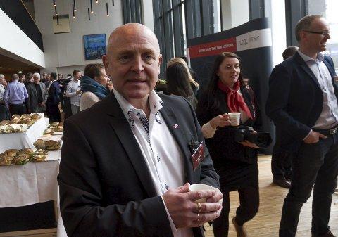 Samling i bunn: Administrerende direktør Hans Larsen Bredbånd AS ber næringen gjøre felles front under Telestormen 2016. Foto: Per Torbjørn Jystad