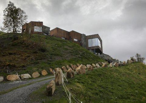 Berit Olsen Lio og Kåre Geir Lio har fått bygget sitt drømmehus på Kjerringøy.