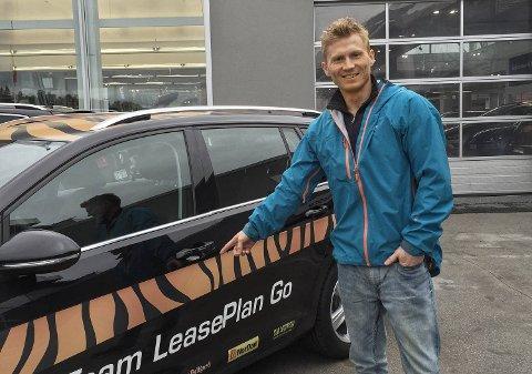 Klatreren Magnus Midtbø fikk hjelp av Thomas Alsgaard til å få seg bil.