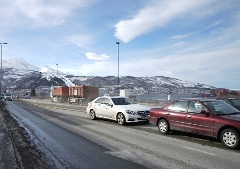 Støv: Svevestøvet stammer fra vinden og trafikken som virvler opp veistøv.