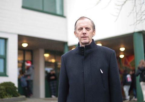 I november i fjor ble Trond Niemi sykmeldt fra jobben som rektor på Gjesdal ungdomsskole. Nå er han delvis tilbake i jobb.