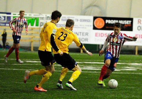 Mathias Engebretsen spilte en god kamp på Kviks midtbane. Foto: Atle Wester Larsen