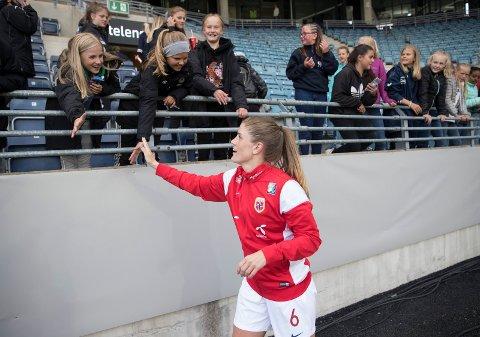 Maren Mjelde scoret for klubblaget sitt Chelsea i en treningskamp mot Juventus. Foto: Terje Pedersen / NTB scanpix