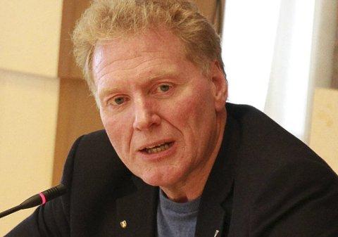 Hovedutvalgsleder for kompetanse i Finnmark fylkeskommune, Johnny Ingebrigtsen, sier at de har penger til overs fra saker de har vunnet.