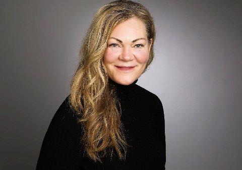 SØKER RO: Nina Hellesjø er på jakt etter sin indre ro. Nå har sørhølendingen utdannet seg innen transcedental meditasjon.