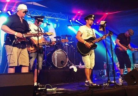 Dønnabandet Harabaill tar steget videre og gir ut egne låter. Til sommeren står de på scenen hos Sjarkenfestivalen og Havnafestivalen.
