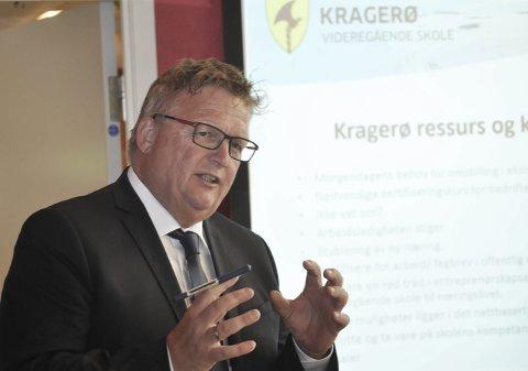 Nytt studietilbud: Rektor Kai Magne Bråthen ved Kragerø Vidergående skole ønsker et nytt studietilbud i innovasjon hjertelig velkommen.
