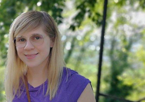 FLYTTET FRA BODØ: Aina Edvinsen (31) flyttet fra vindfulle Bodø til stille og rolige Kongsberg. Og her blir hun.